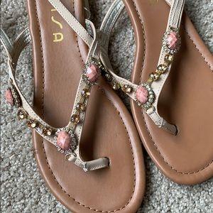 Unisa sandals size 10